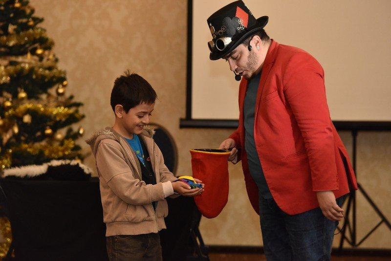 Magician petreceri copii - spectacole magie in Bucuresti si nu numai